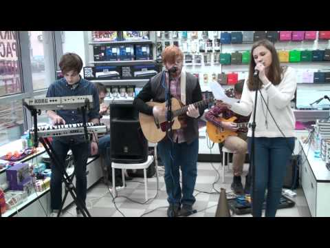 The Paisley - I'm Good, I'm Gone [Lykke Li cover] (Республика - Москва - 13.04.2012)